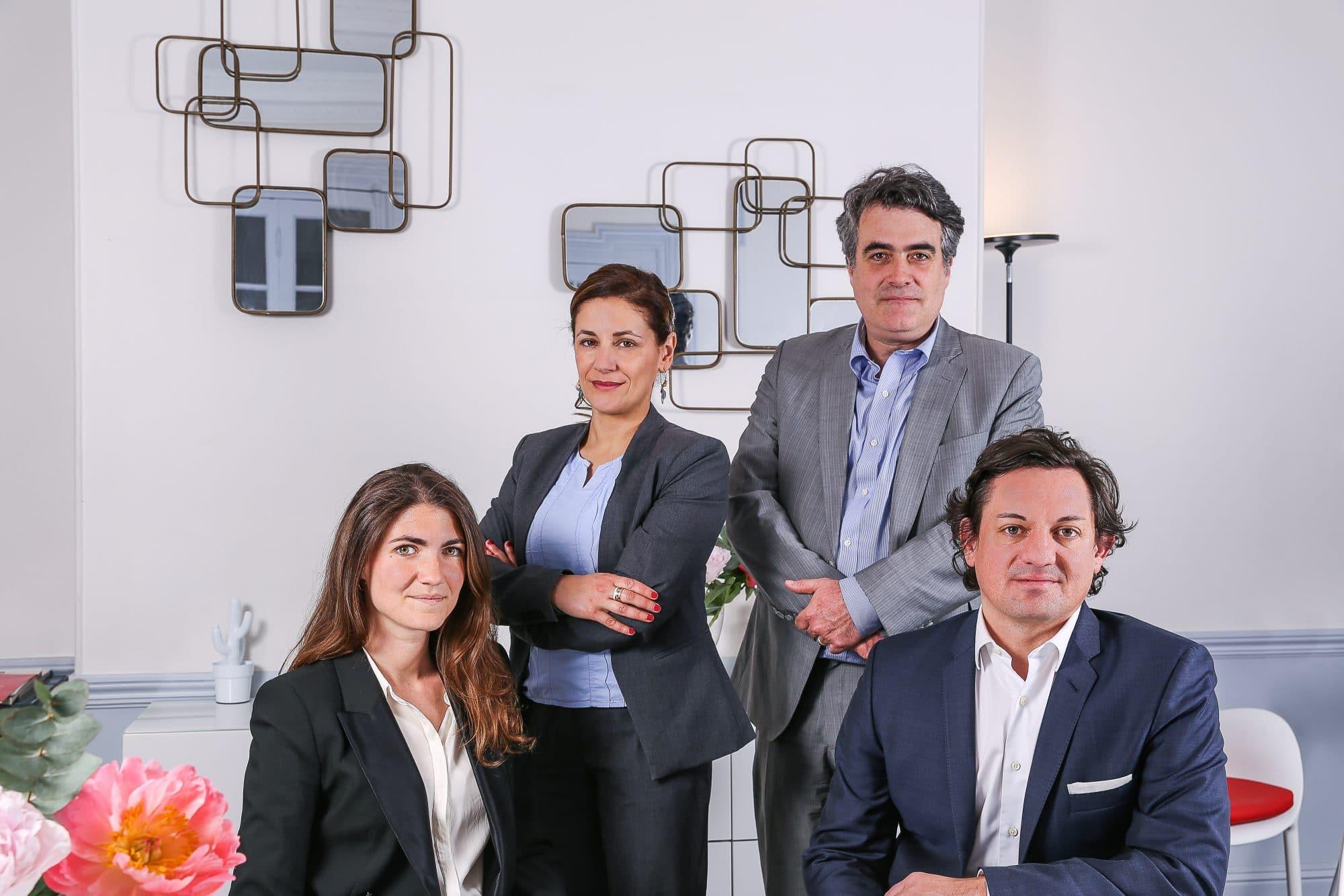 Photo de l'équipe d'avocats du cabinet IXIS de Bordeaux et Paris